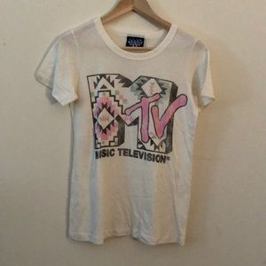 MTV junk food tee size M